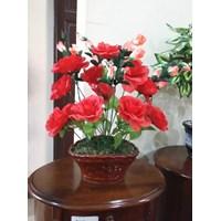 Vas Bunga Meja Ros Merah