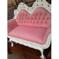 Kursi Sofa Ukir Pink Putih