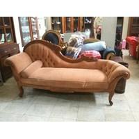 Sofa Panjang Coklat
