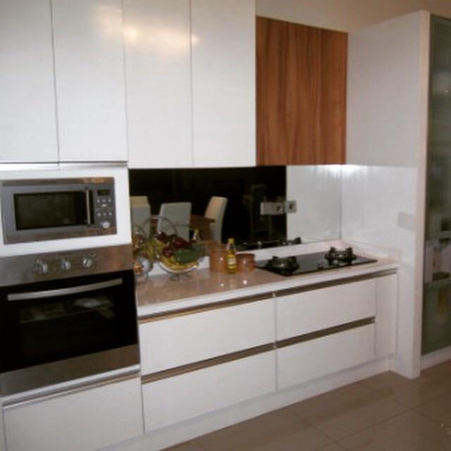 Jual kitchen set type 3 harga murah jakarta oleh humkreasi for Jual peralatan kitchen set
