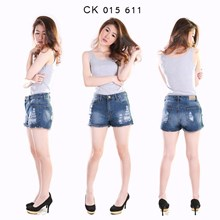 Celana Hot Pants CK 015 611