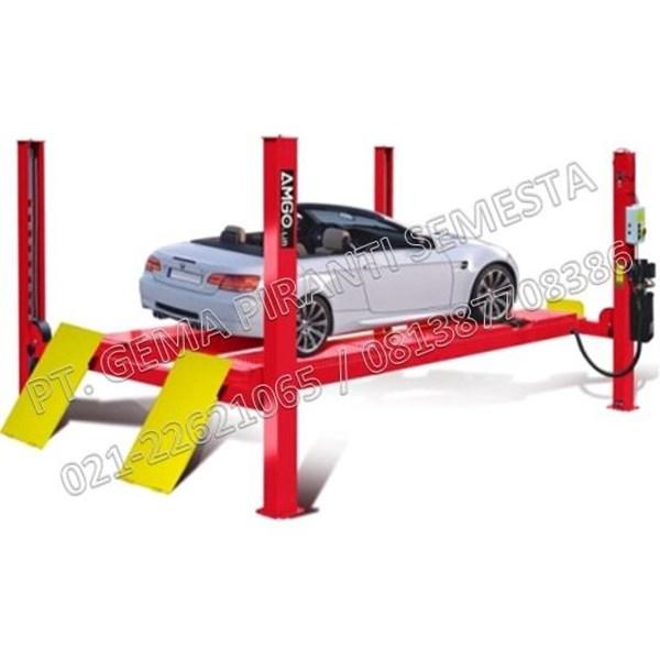Four Post Lift Mobil Untuk Spooring dan Service Mobil