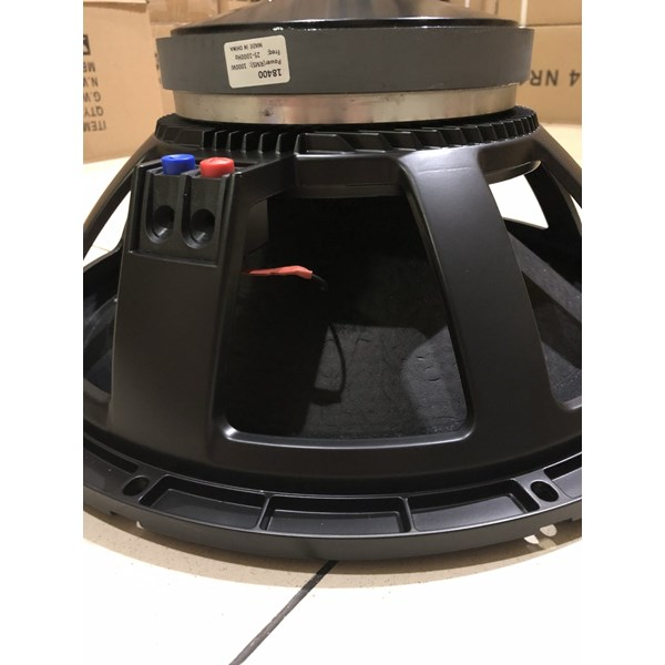 Speaker Model Rcf P400 18 Inch