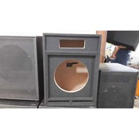 Box 2 Way Single 15 Inch Karpet Hitam 1