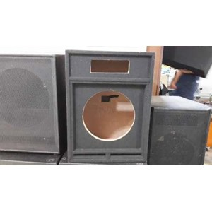 Box 2 Way Single 15 Inch Karpet Hitam