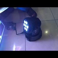 lampu moving par led 7x10 watt 1
