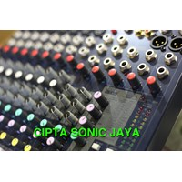 Beli mixer soundcraft efx 8 4