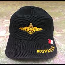 Topi Bahan Laken