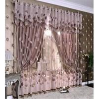 Victorian Style Window Gordyn