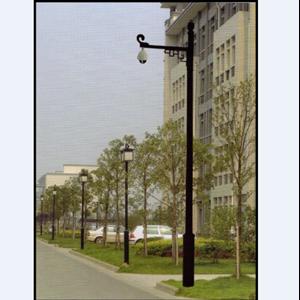 Tiang Lampu CCTV Antik