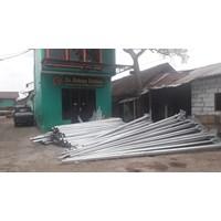 Tiang Lampu Jalan  PJU 7M single parabol