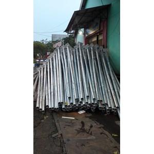 Tiang Lampu Bulat PLTS