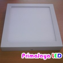 Downlight OUTBO Kotak 18 Watt