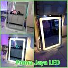 Glass Dresser Box Model LED 1