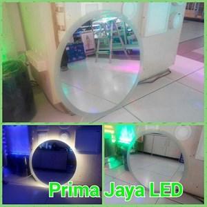 Kaca Rias LED Model Gerhana