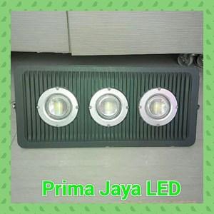 Floodlight LED Cembung 150 Watt