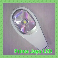 Lampu Jalan LED Modern 50 Watt
