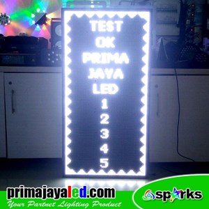 Lampu LED Running Teks 69 X 117 Cm