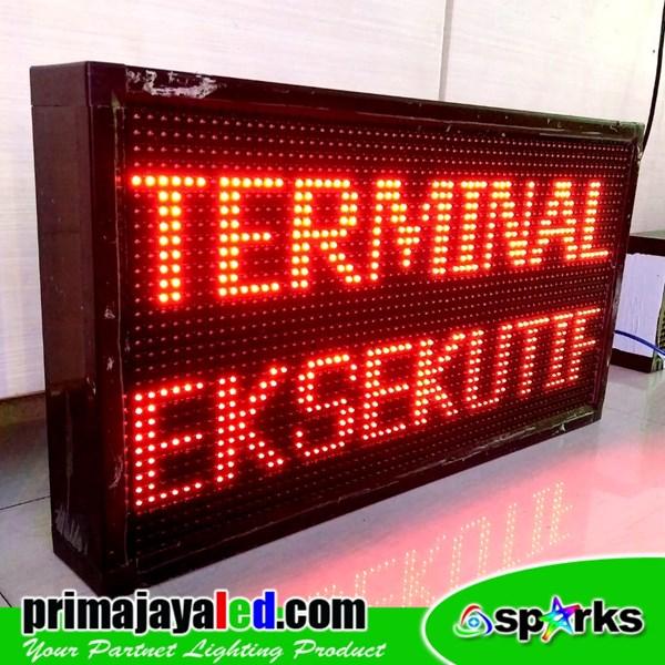 Running Teks LED 69 X 37cm Merah