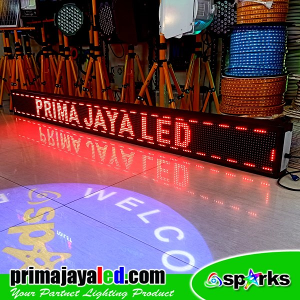 Running Text LED 229 × 21 Merah