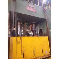 Mesin press hidrolik 1