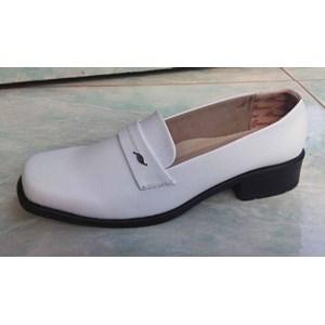 sepatu perawat wanita sol hitam
