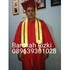 perlegkapan graduation  9