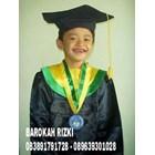 perlegkapan graduation  5