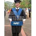 perlegkapan graduation  4