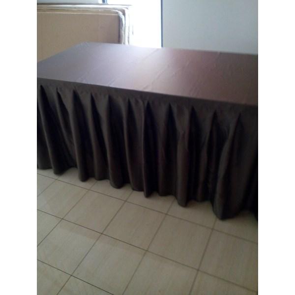 cover meja untuk event besar