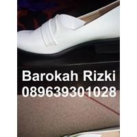 Distributor Sepatu Perawat Wanita 3