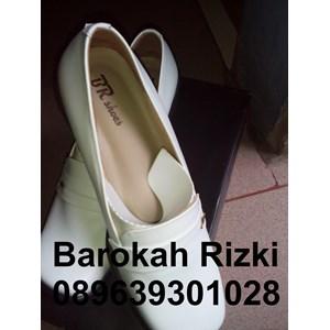 Sepatu Perawat Wanita