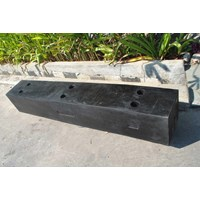 Distributor Rubber Fender Square 3