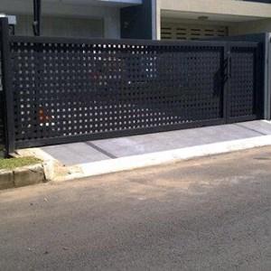 Pintu Dorong Plat Anyam Minimalis