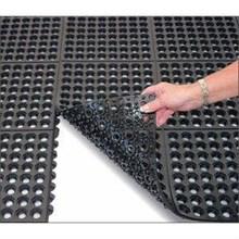 Rubber Mat Perforated Holes ( Karet bolong )