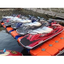 JET SKI FLOATING FLOATING DOCK