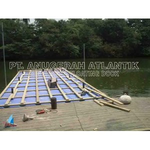 Project dermaga dari kubus apung HDPE