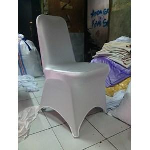 sarung kursi futura kotak putih