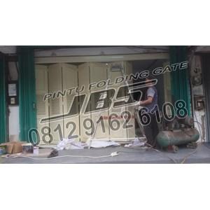 Dari Pemasok Pintu Garasi JBS Door 0