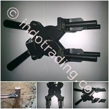 Hadle Clamp / Tang Moulding