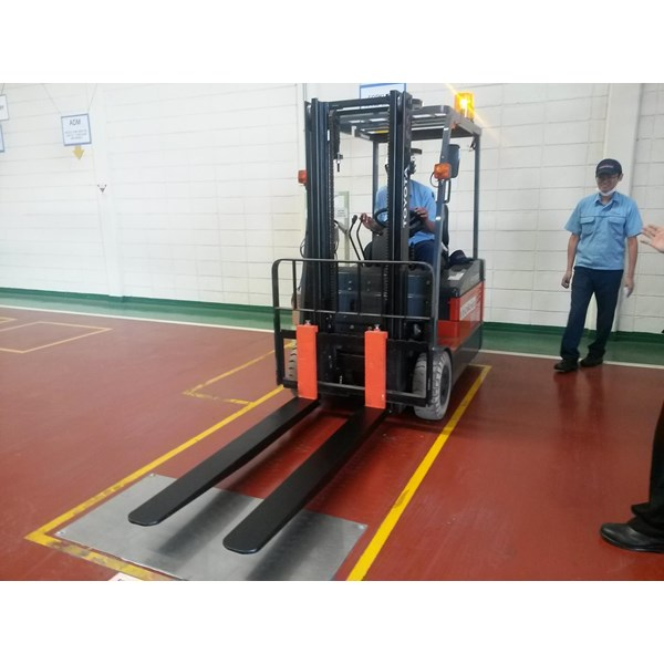 Sepatu Garpu Forklift Harga Promo Jakarta