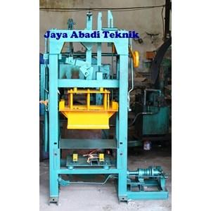 Dari Mesin Press Batako Manual 1