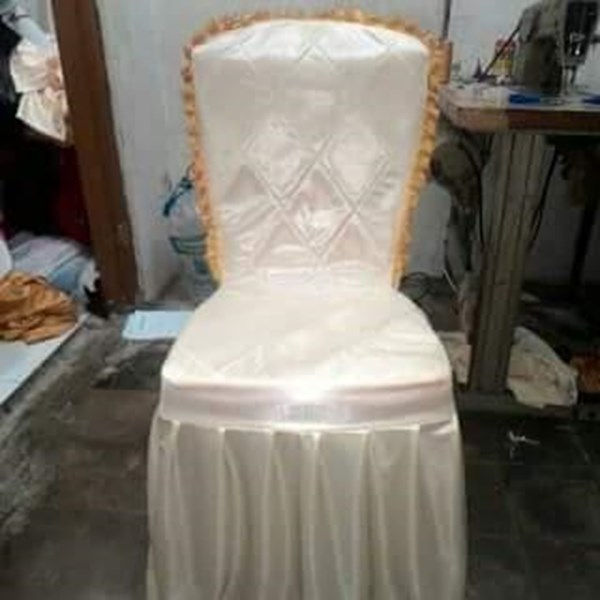 GLOVES PARTY CHAIR DECORATION