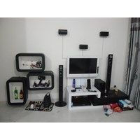 Rak TV - Interior Ruang Keluarga - Semarang