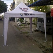Tenda cafe semi kerucut
