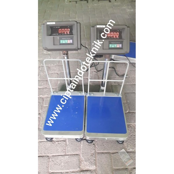 BENCH SCALE A12EK WITH FENCE