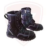 Sepatu Pemadam Zhield