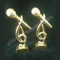 Jual Piala Logam Jakarta Karoke