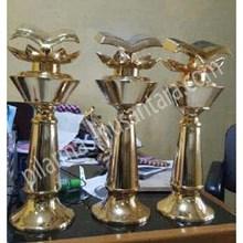 Trophy Logam pengetahuan umum