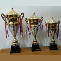 Trophy piala kejuaraan 1